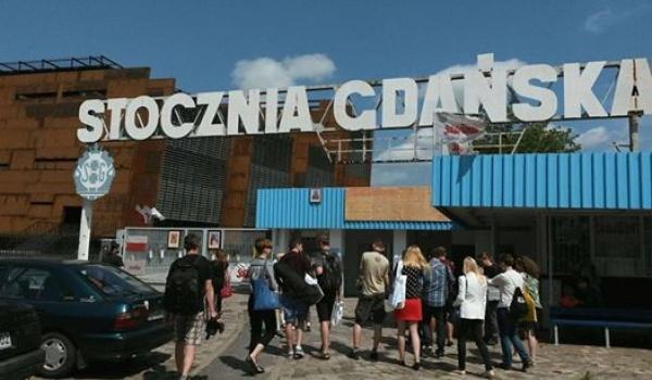 Going. | Metropolitanka | Spacer Stocznia Gdańska Szlakami Kobiet - Instytut Kultury Miejskiej