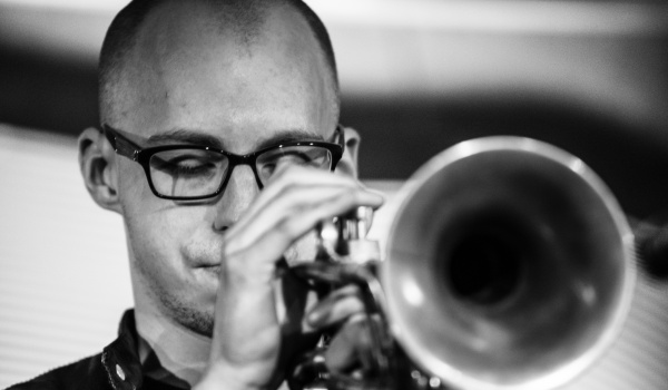 Going. | Piotr Schmidt Quartet - Saxesful - Filharmonia Śląska w Katowicach