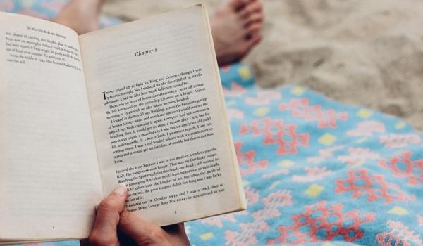 Going. | Tego lata przeczytam przynajmniej jedną książkę na plaży - Gdańsk