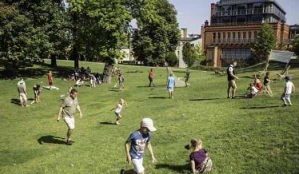 Going. | Nudy na pudy? - warsztaty ruchowe dla dzieci i rodziców - Park Jana Henryka Dąbrowskiego w Poznaniu