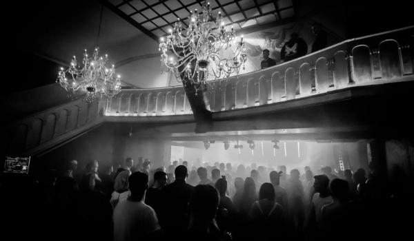 Going. | Noc Rezydentów - Sfinks700