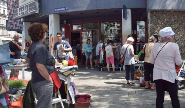 Going. | Wymiana Sąsiedzka oraz Pchli targ - Kawiarnia Sąsiedzka