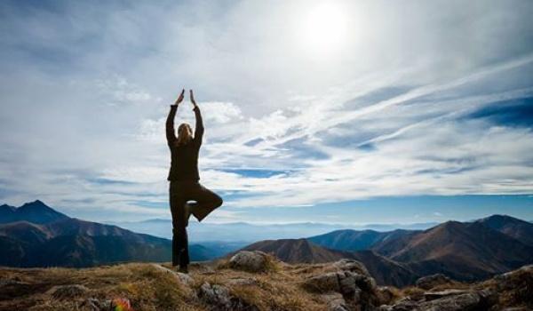 Going. | Odosobnienie medytacyjne z jogą i milczeniem na Słowacji - Szkoła Jogi Jurka Jaguckiego