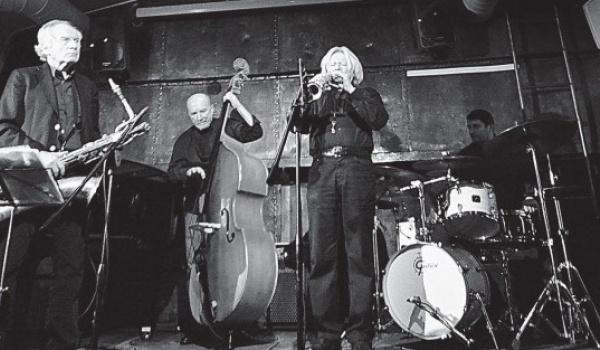 Going. | Leszek Żądło European Art Ensemble live - Piec' Art Acoustic Jazz Club