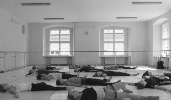 Going. | Laboratoria Twórcze - Polski Teatr Tańca - Polish Dance Theatre