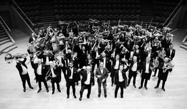 Going. | Koncert Symfoniczny z okazji 100-lecia odzyskania Niepodległości - Filharmonia Bałtycka