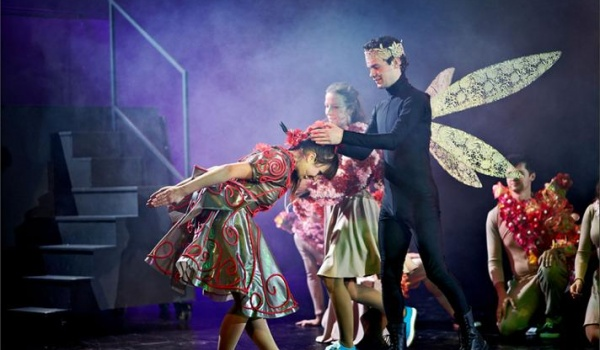 Going. | Calineczka - Teatr Muzyczny