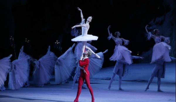 Going. | Transmisje z Teatru Bolszoj: Balet Dziadek do orzechów - Kinoteatr Rialto