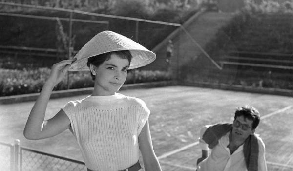 Going. | Elle. Moda w kinie polskim po 1945 roku - Gdyńskie Centrum Filmowe