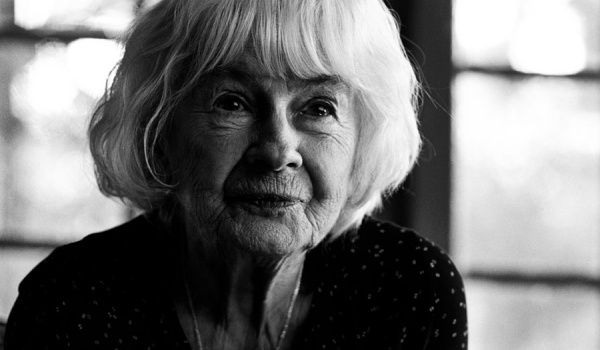 Going. | 102 lata życia Danuty Szaflarskiej - Gdyńskie Centrum Filmowe
