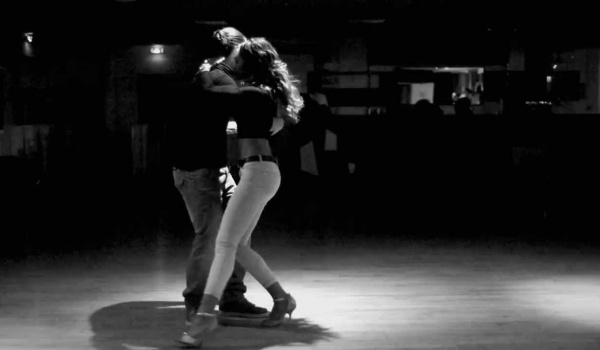 Going. | Kizomba w parach od podstaw - Abballu Dance Studio