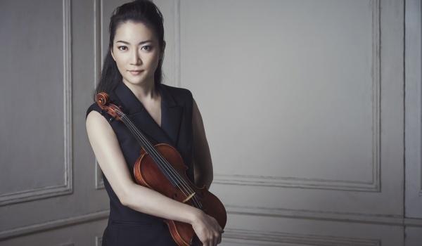 Going.   Eufonie   U progu niepodległości - Filharmonia Narodowa