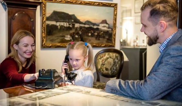 Going. | Sobotnie warsztaty rodzinne - Muzeum Pana Tadeusza - Kamienica Pod Złotym Słońcem