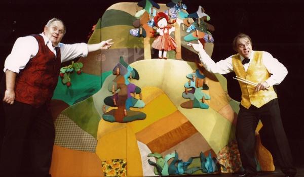 Going. | Czerwony Kapturek - Białostocki Teatr Lalek