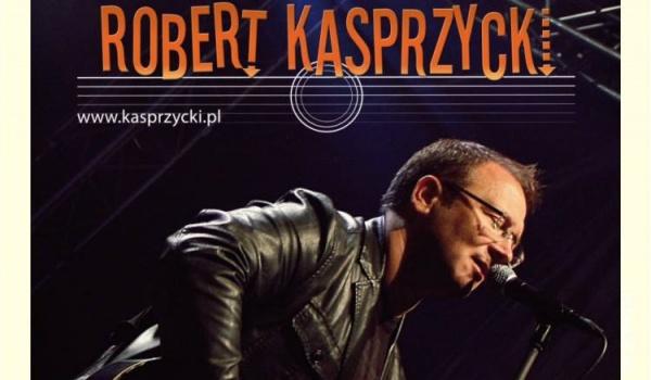 Going. | Robert Kasprzycki - Brama Grodzka (Grodzka Gate)