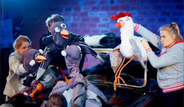 Going. | Dziób w dziób - Teatr im. H. Ch. Andersena w Lublinie