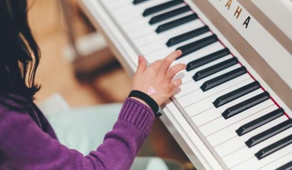 Going. | Warsztaty muzyczne. Dziecięce piosenki i Pan Fortepian - Filharmonia Bałtycka