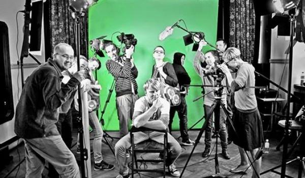 Going.   Pracownia filmowa - Klub Pod Kolumnami