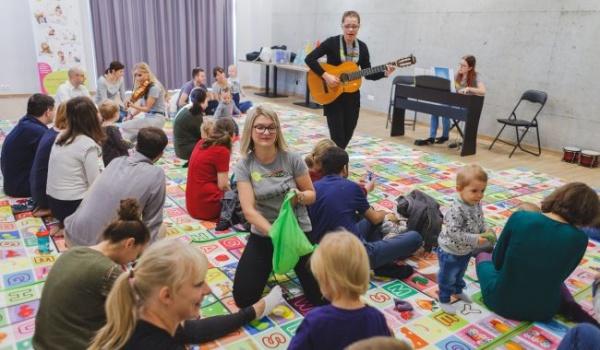 Going. | Koncert dla dzieci - Tapataj Klubokawiarnia dawniej Studio Nie Nudno