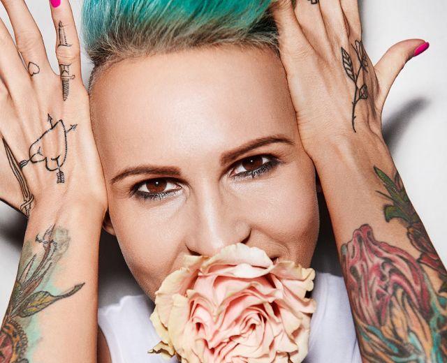 Going. | Agnieszka Chylińska — Pink Punk Tour