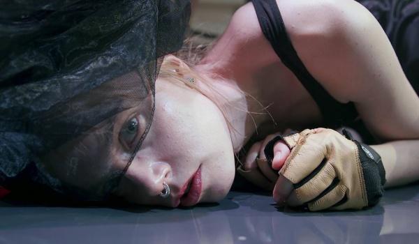 Going. | Siksa. Stabat Mater Dolorosa - premiera filmu z udziałem twórców - Kino Centrum