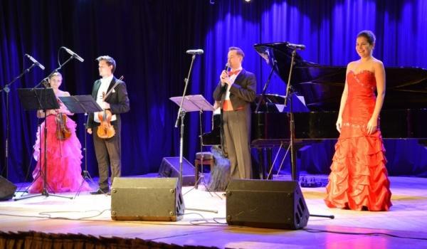 Going.   Koncert Wiedeński - Centrum Kultury Dwór Artusa
