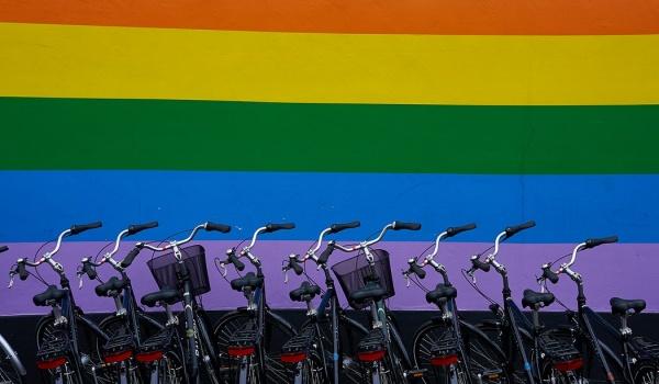 Going. | Queermas - Świąteczne spotkanie LGBT+ - Księgarnia Hiszpańska Wrocław La Librería Española de Wrocław