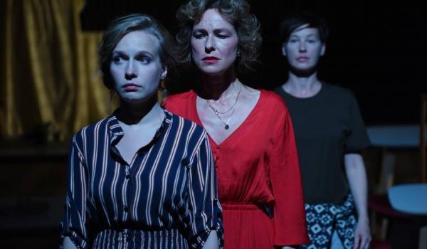Going. | Sonata jesienna - Teatr WARSawy