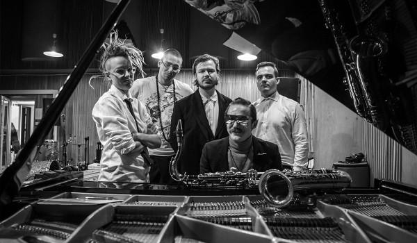 Going. | Wojtek Mazolewski Quintet z muzyką Krzysztofa Komedy w Zmianie Klimatu - Klub Zmiana Klimatu