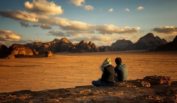 Going. | Pustynne opowieści z kraju Nabatejczyków. Slajdowisko - Ośrodek Kultury Norwida