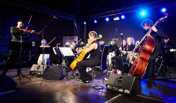 Going. | Koncert Walentynkowy - Klasyka Polskiej Rozrywki - Filharmonia Podkarpacka