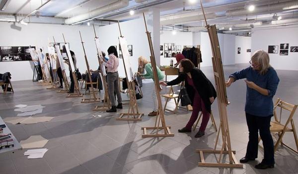 Going. | Lekcje rysunku - Galeria Sztuki Współczesnej BWA