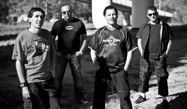 Going. | Punky Reggae - Estrada Stagebar