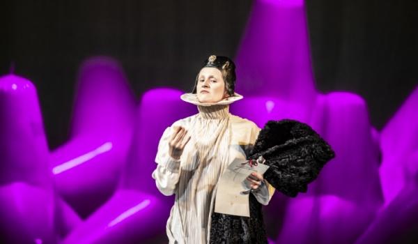 Going. | Wieczór trzech króli - Teatr im. Juliusza Osterwy w Lublinie