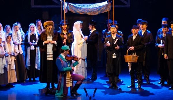 Going.   Skrzypek na dachu - Teatr Muzyczny
