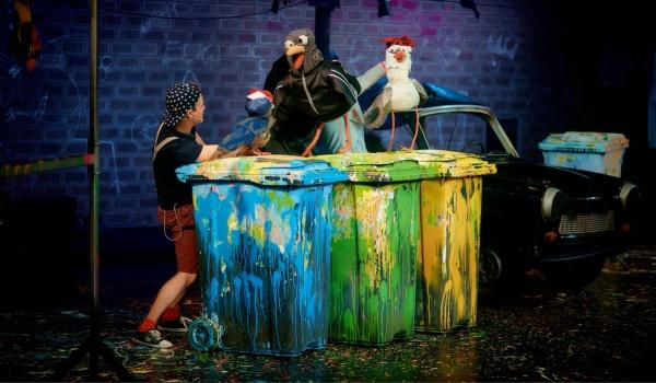 Going. | Dziób w dziób - Teatr im. Hansa Christiana Andersena