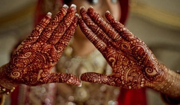 Going. | Warsztaty zdobienia henną - Al-andalus