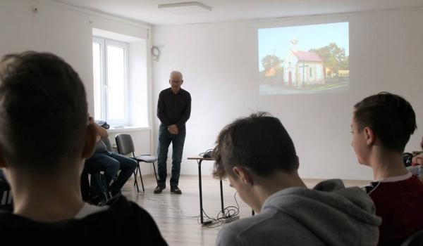 Going. | Nowa Huta na szlakach kulturowych - Ośrodek Kultury Norwida