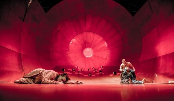 Going. | Trojanki - Teatr Polski w Poznaniu