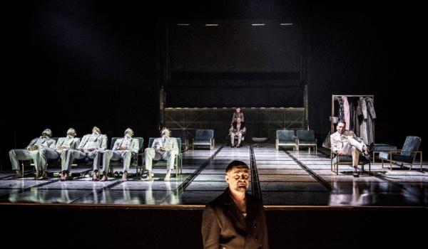 Going. | Kariera Artura Ui - Teatr im. Juliusza Słowackiego w Krakowie - Duża Scena