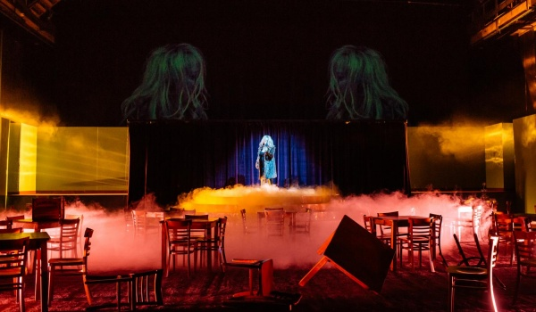 Going. | Bella Figura - Café Absinthe (Teatr Wybrzeże)