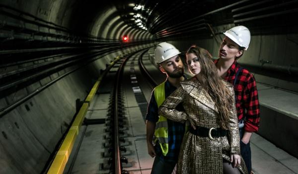 Going. | NOCNE METRO Musical infrastrukturalny - Teatr WARSawy