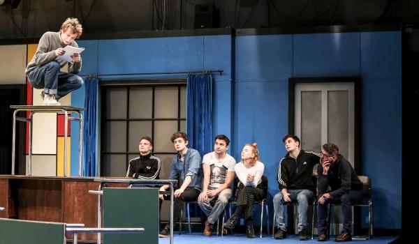 Going. | Stowarzyszenie Umarłych Poetów - Och-Teatr