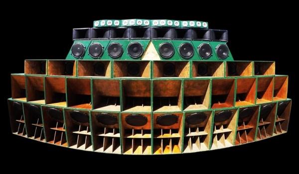 Going. | Dub Temple: Collynization SoundSystem ft. Iyah Ranks - Zet Pe Te
