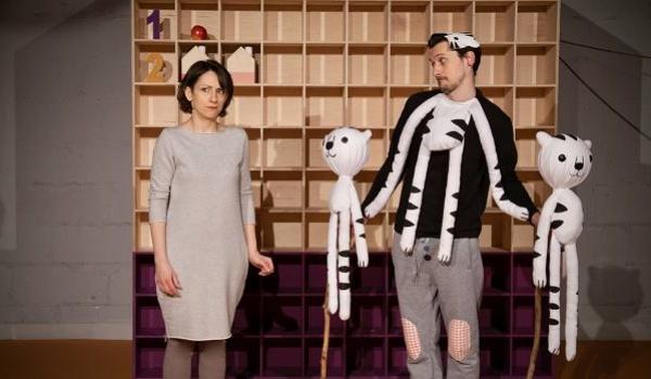 Going. | Raz, Dwa, Trzy - Teatr Niewielki