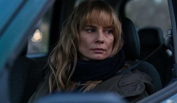 Going. | Ciemno, prawie noc - pokaz i spotkanie z Magdaleną Cielecką - Kino Centrum