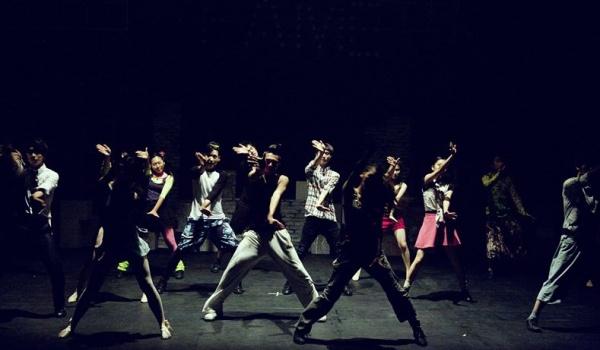 Going. | TańczMy - Rozkręćmy Górną - warsztaty taneczne dla dzieci - Galeria Sześciu Obrazów w Centrum Kultury Góna