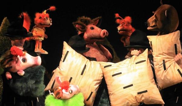 Going. | Obcy W Lesie - Teatr Guliwer