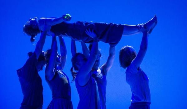 Going. | Otwarty pokaz pracy: ODDAJ Ciężar / Partnering Karolina Kroczak - Centrum Sztuki Tańca w Warszawie