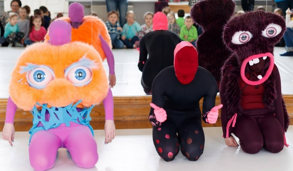 Going. | Taneczny Tydzień Dziecka: Patchworkowe stworki - 13 muz